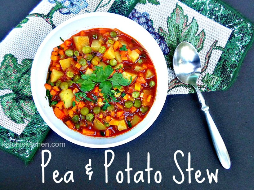 Pea and potato stew by kaluhi adagala which has black pepper, green bell pepper and cumin spice
