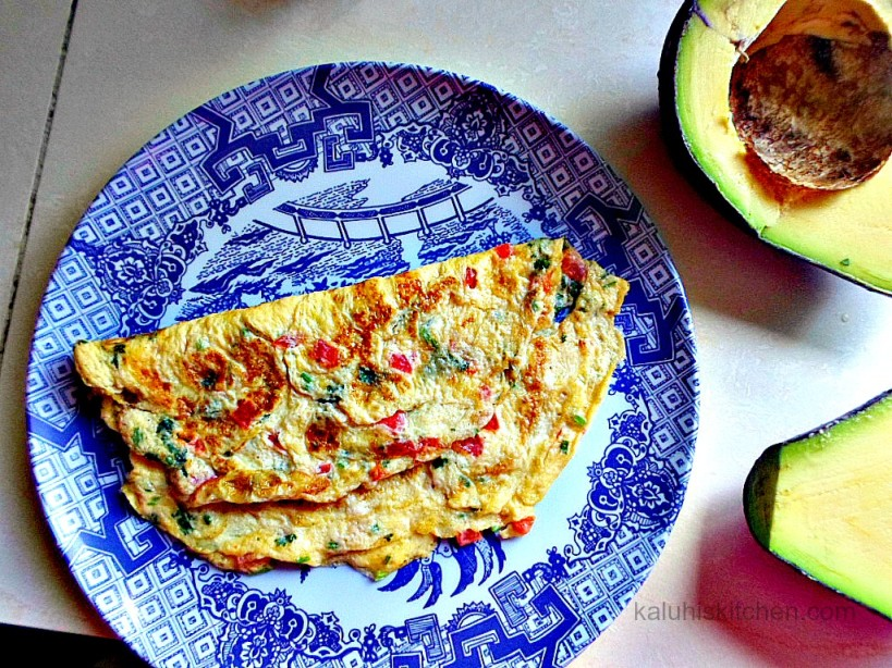 avocado and sesame seed milky ommelette_avocado as a garnish is very healthy and wholesome_kenyan food blogs