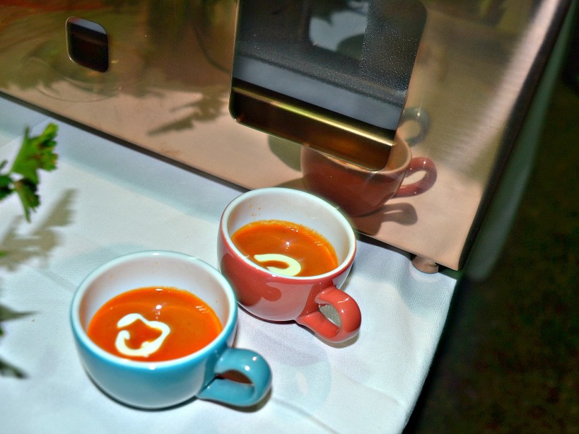 roasted tomato and sweet basil soup_kaluhiskitchen.com_flame tree restaurant nairobi