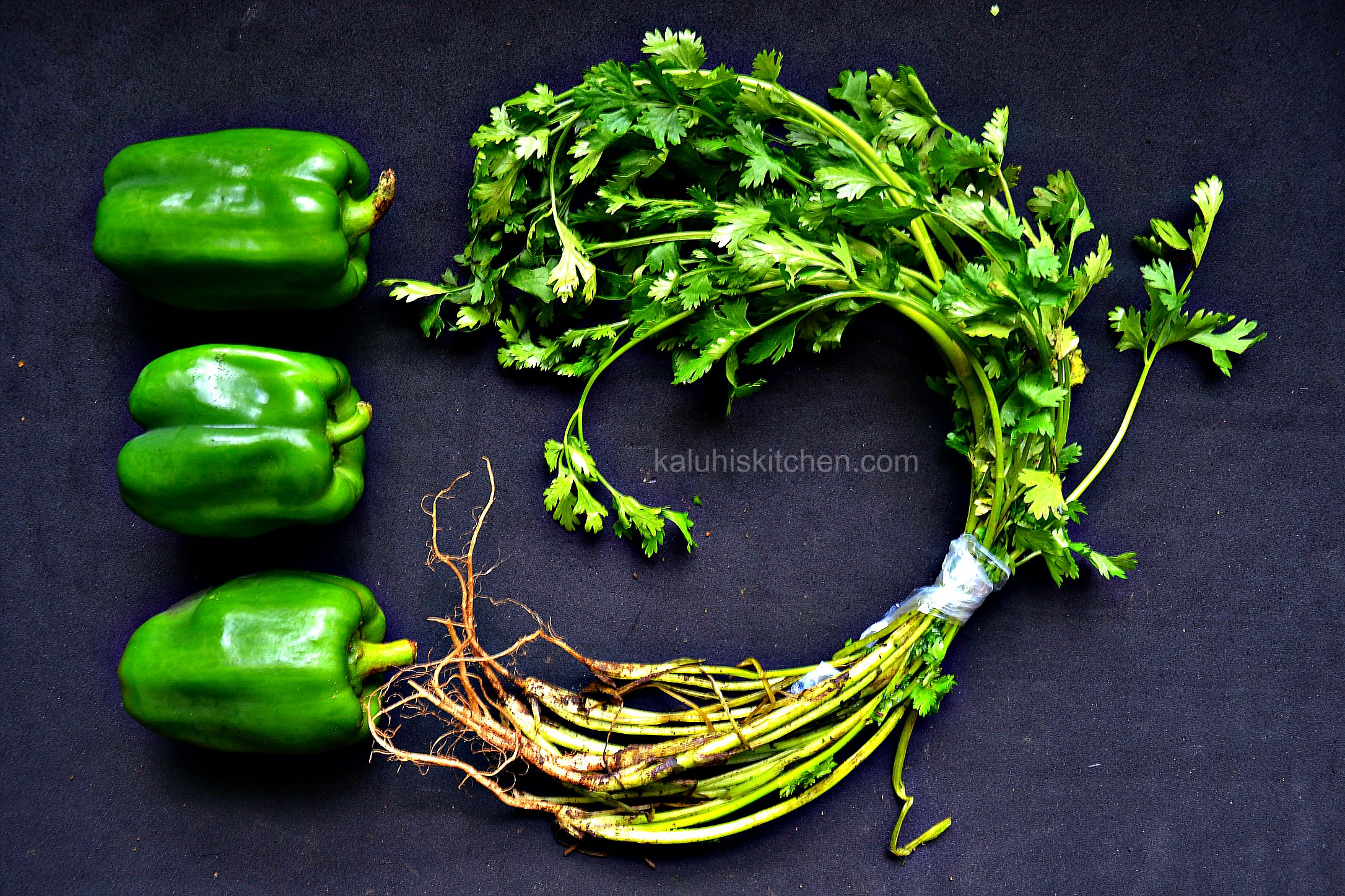 green bell pepper add savoriness to a dish while coriander add freshness and color_kaluhiskitchen.com_best kenyan food blog