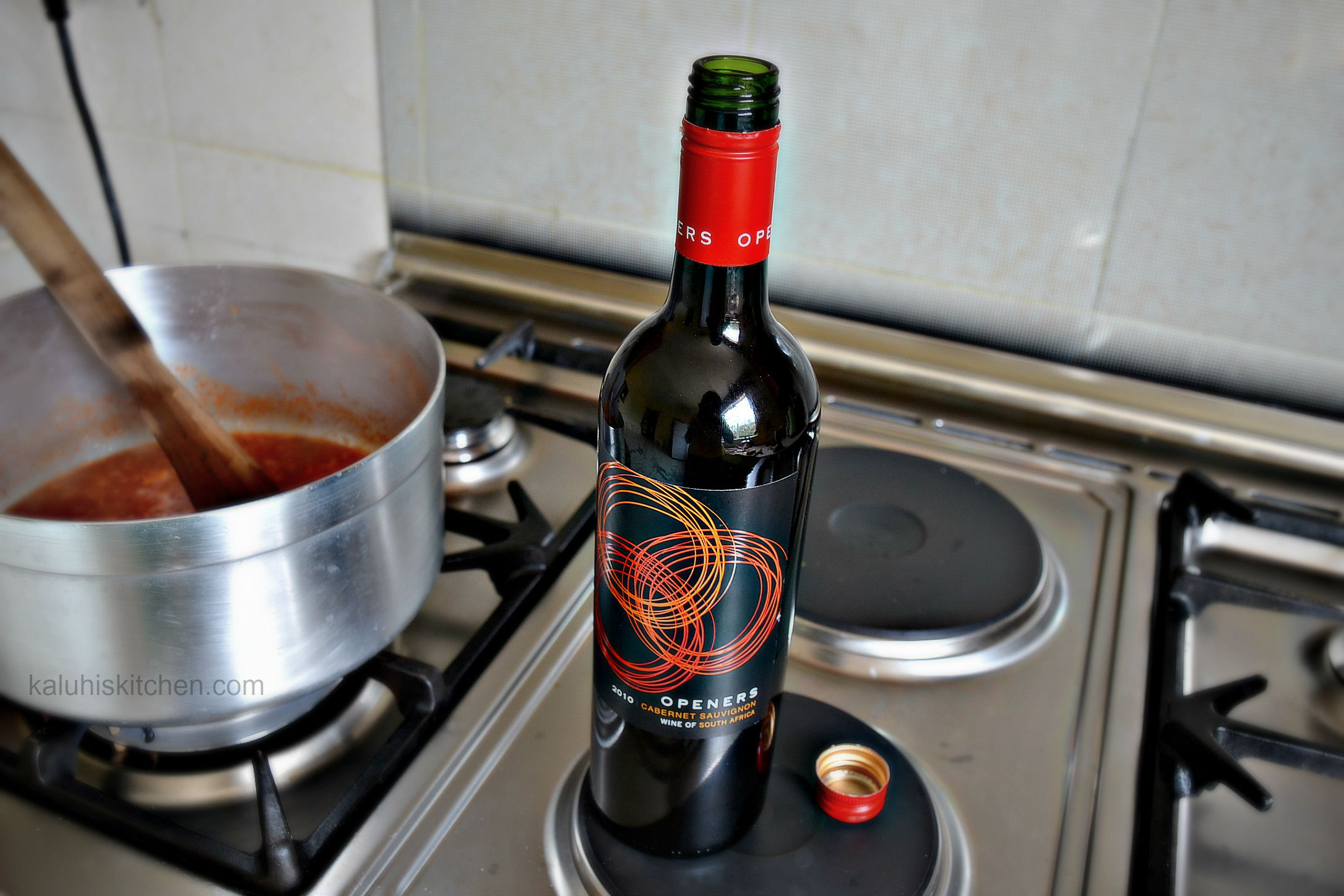 using wine in cooking and making food adds alot of character and depth to your food_red wine and tomato cheesy pasta_kaluhiskitchen.com