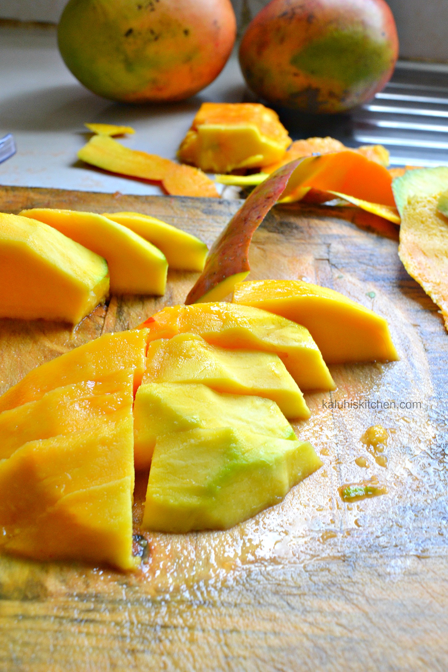 mango season in Kenya where the best sweetest mangoes in the world can be found_top kenyan food bloggers_best kenyan food blog_