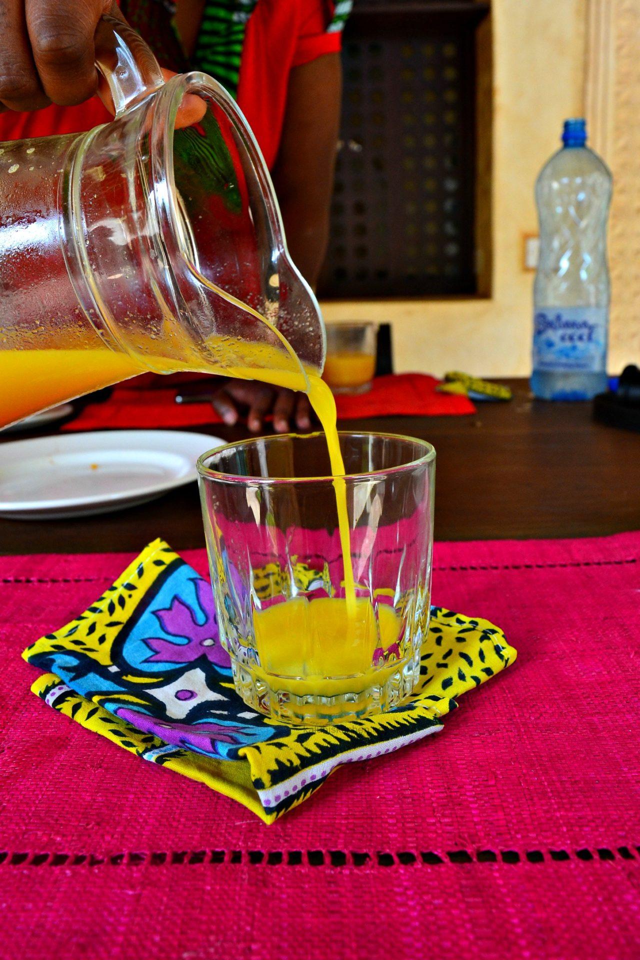 fresh mango juice served at kiwandani house as part of the breakfast_affordable accomodation at Lamu_Lamu Food Festival