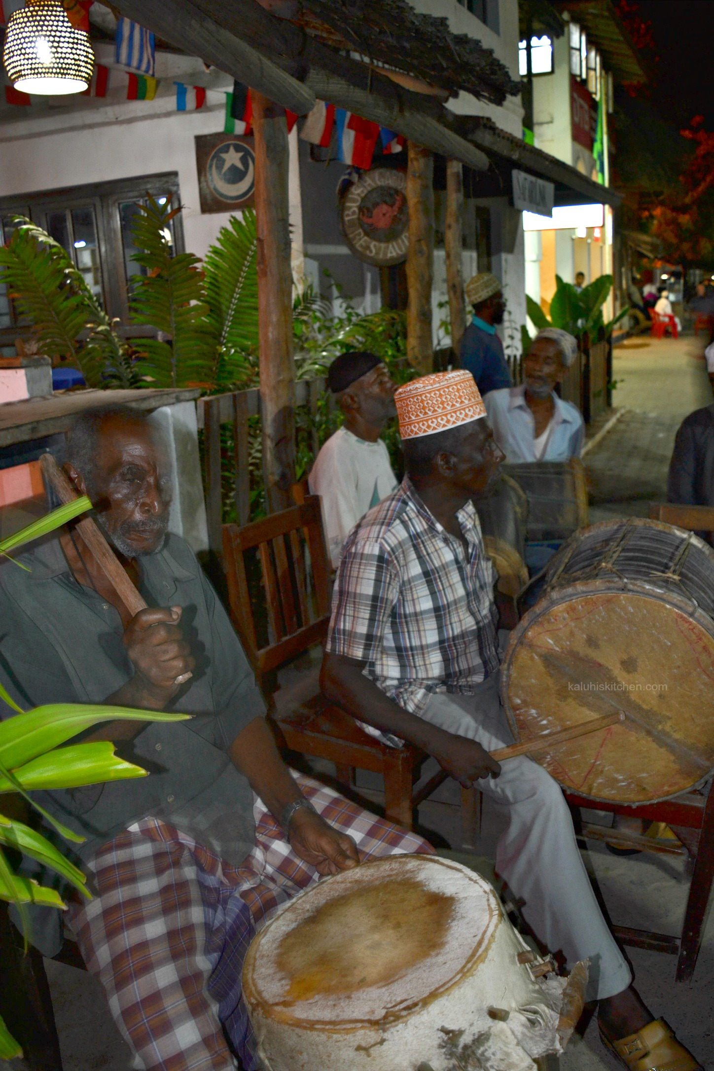 locals playing music at the lamu sea front for the guests arriving made the food festival mood light up_kaluhiskitchen.com