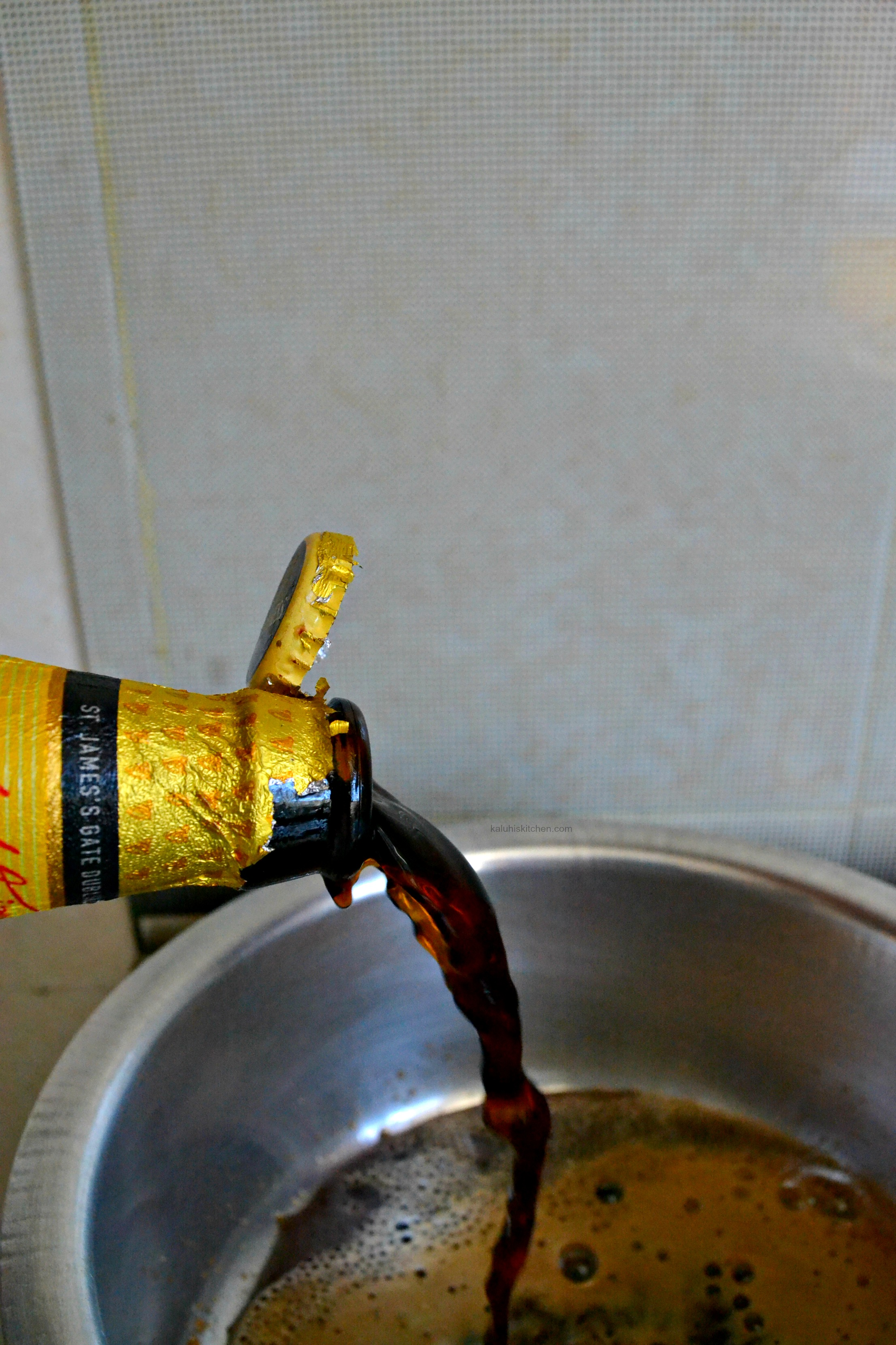 cooking-with-guinness_how-to-make-a-sauce-with-guinness_how-to-make-drumsticks-with-guinness_kaluhiskitchen-com_how-to-cook-with-beer_kaluhiskitchen-com